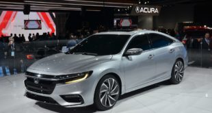 2021 Honda Insight front