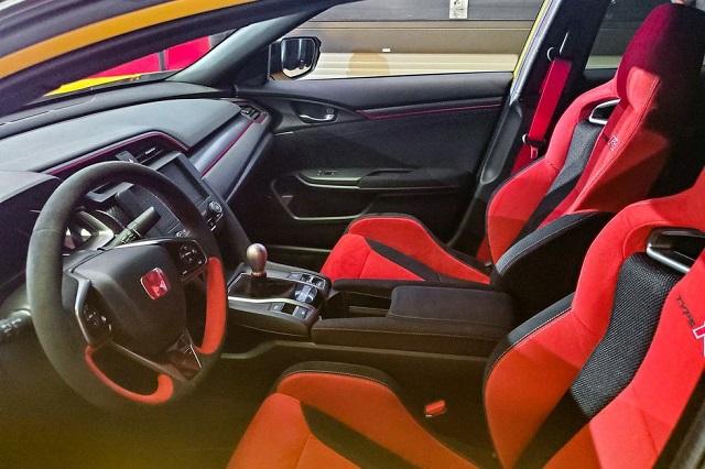2021 Honda Civic R cabin