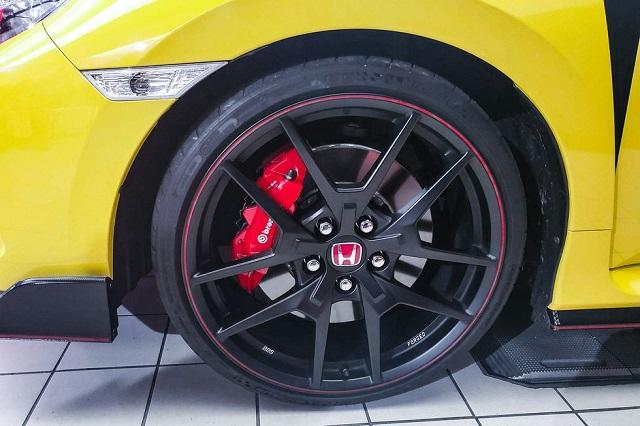 2021 Honda Civic Type R wheels