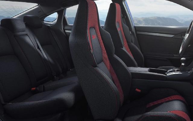 2021 Honda Civic Si seats