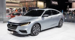 2022 Honda Insight front