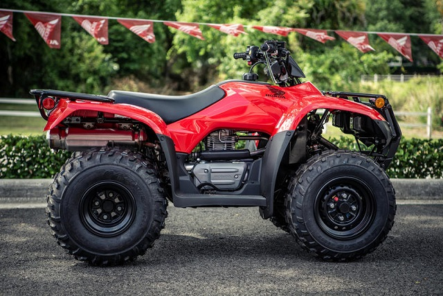2020 Honda FourTrax Recon side