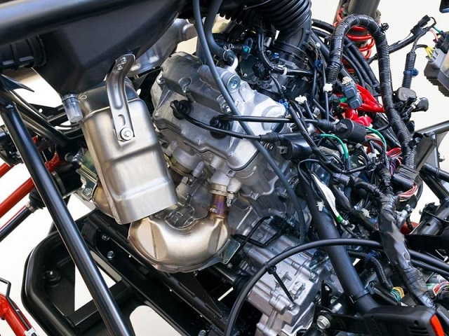2020 Honda Pioneer 1000 engine