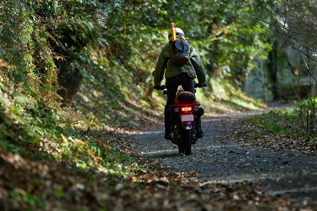 2021 Honda Trail 125 rear