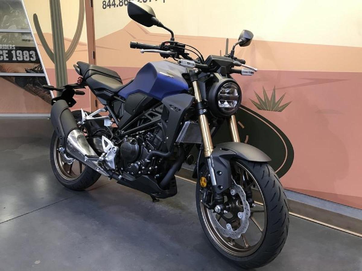 Honda hints at CB1100 update | Visordown