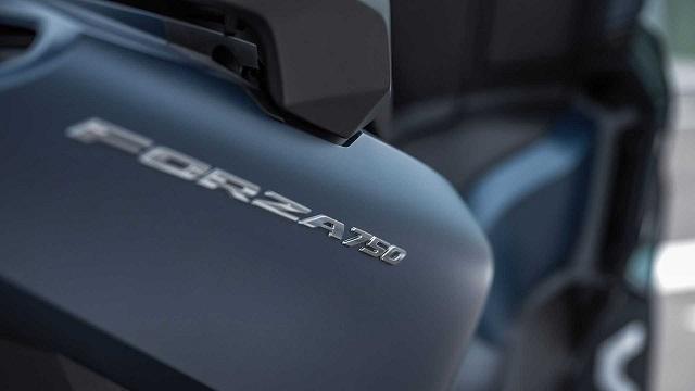 2021 Honda Forza 750 tank