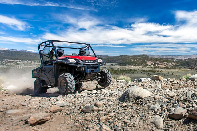 2021 Honda Pioneer 1000 Limited Edition front