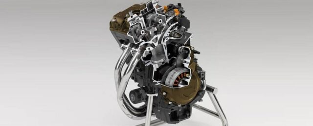 2022 Honda CB500F engine