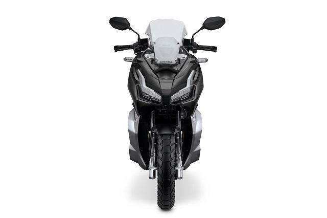 2021 Honda ADV150 front