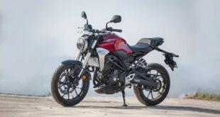 2022 Honda CB300R front