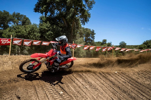 2022 Honda CRF450R side