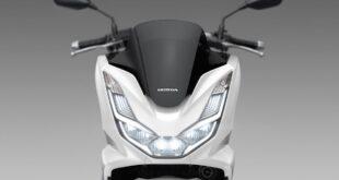 2022 Honda PCX front
