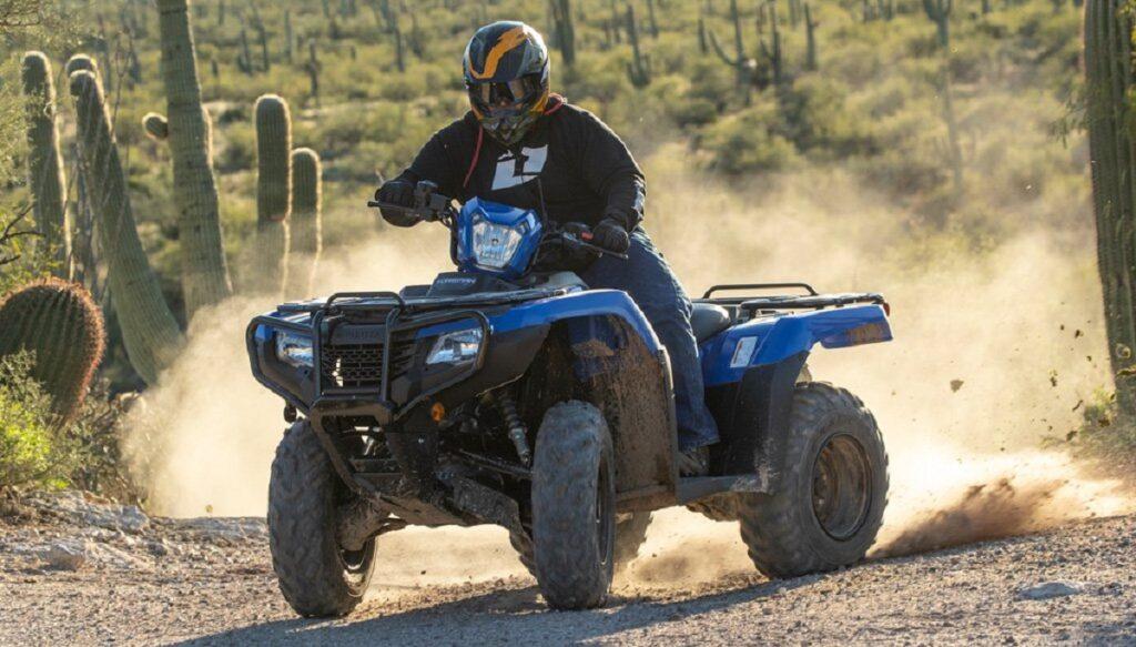 2022 Honda FourTrax Rancher front