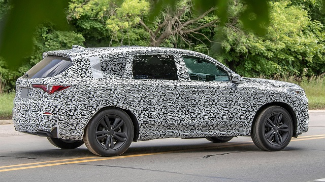 2023 Acura MDX side
